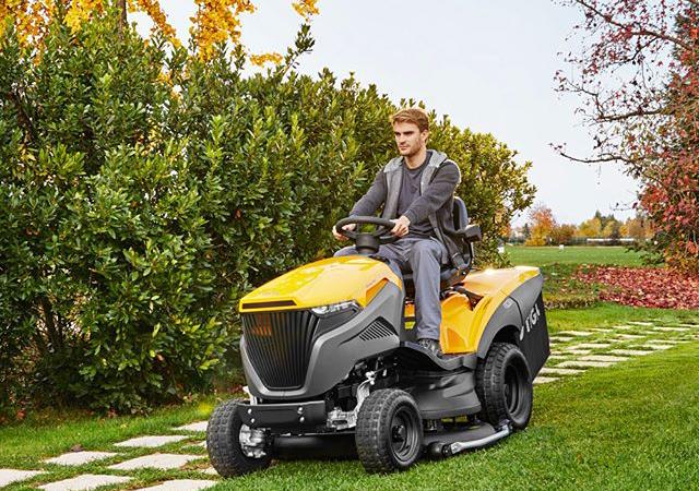 Zahradní traktor Stiga